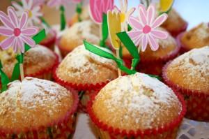 Muffiny z pistacjami i skórką cytrynową