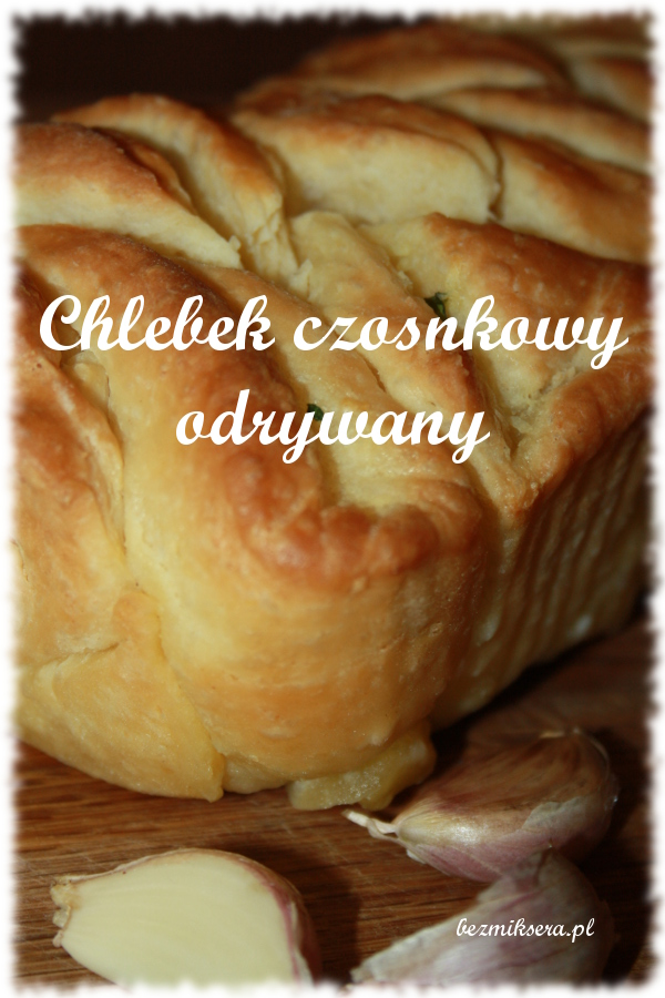 Odrywany chlebek czosnkowy
