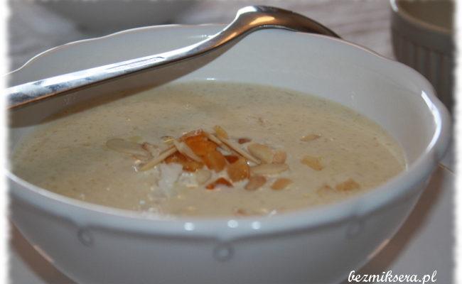 Przepis na zupę migdałową