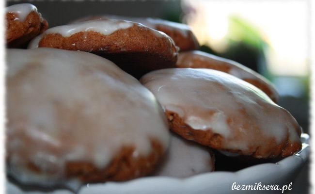 Przepis na Lebkuchen – niemieckie pierniczki