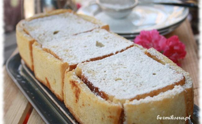 Przepis na szarlotkę w chlebie