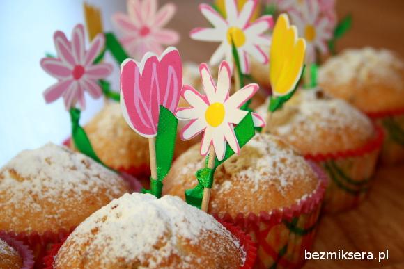 Muffiny z pistacjami