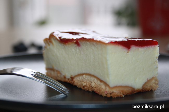 Przepis na sernik jogurtowy pieczony