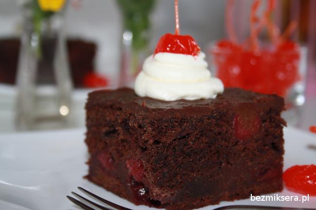 Przepis na ciasto czekoladowe z wiśniami