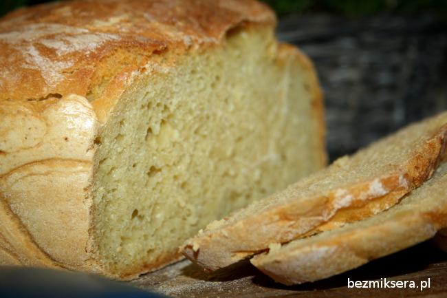 Chleb pszenno-kukurydziany na drożdżach