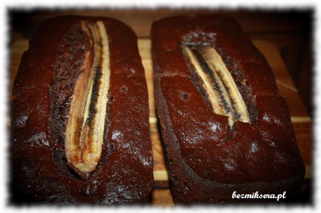 Chlebek czekoladowo-bananowy