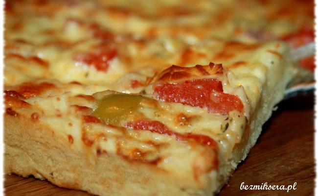 Przepis na pizzę z oscypkiem