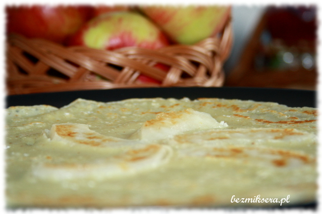 Przepis na naleśniki z jabłkami