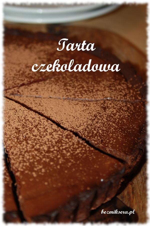 tarta czekoladowa z czarną porzeczką