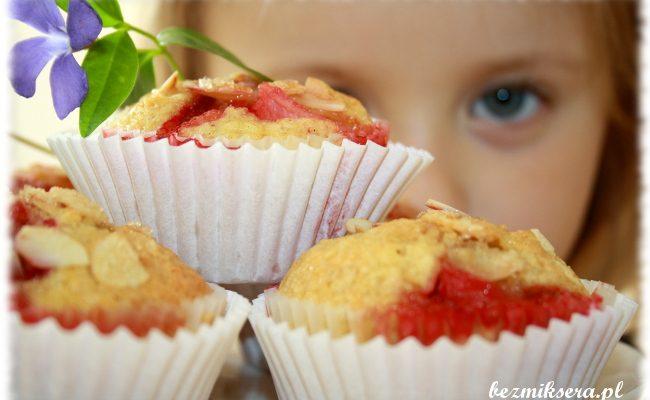 Przepis na babeczki z  truskawkami